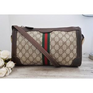 💚 Gucci Web GG Monogram Barrel Shoulder Bag